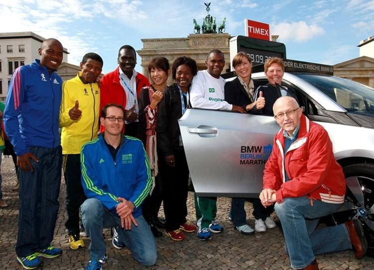 Wilson Kipsang läuft in Berlin Marathon-Weltrekord mit 2:03:23