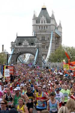 Der London-Marathon lädt seine Läufer am Sonntag, den 25. April ein. ©www.PhotoRun.net