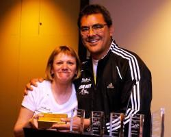 Kathy Boyer – der gute Geist von Team Hoyt – hier mit Doug Gilliland. © Von John Hancock, Team Hoyt/Stu Rosner zur Verfügung gestellt