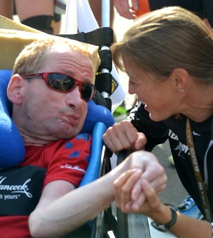 Boston-Marathon 2012 – Dick und Rick Hoyt begeistern mit Mut, Ausdauer und Entschlossenheit