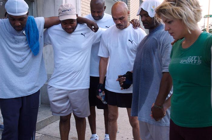 Laufend zurück ins Leben – Ein außergewöhnliches Charity-Programm für Obdachlose