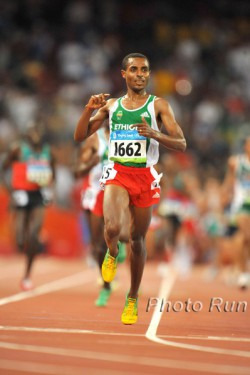 Can Kenenisa Bekele, seen here at the 2008 Olympic Games, win another gold medal at Olympic Games? © www.PhotoRun.net