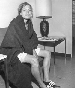 Bobbi Gibb 1966 nach dem Boston-Marathon. © Yarrow Kraner