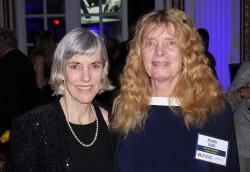 Bobbi und Joan Benoit Samuelson, die Olympiasiegerin von 1984. ©TakeTheMagicStep®