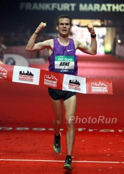 Arne Gabius Neuer Deutscher Marathon Rekordler Take The Magic Step