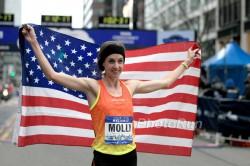 Molly Huddle läuft beim New York-Halbmarathon auf den ersten Platz. ©www.PhotoRun.net