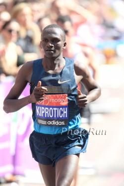 Im April nahm Stephen am London-Marathon teil. ©www.PhotoRun.net