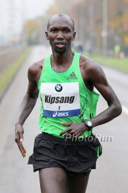 Wilson Kipsang, seen here at the 2011 Frankfurt Marathon, is a men's marathon favorite after victories in Frankfurt and London. © www.PhotoRun.net