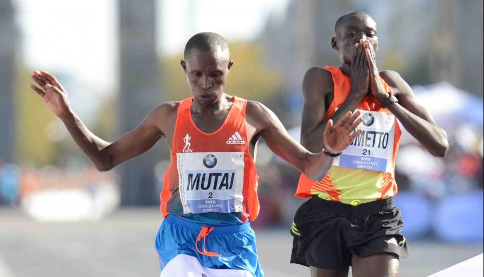 Geoffrey Mutai läuft Marathon-Jahresweltbestzeit in Berlin