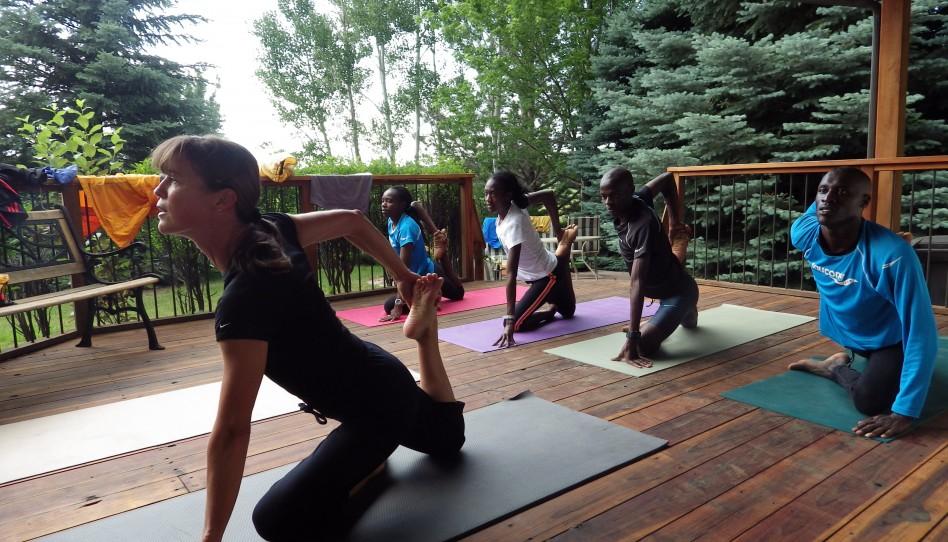 Yoga mit meinen kenianischen Lauffreunden