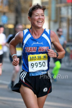 Uta will run again the B.A.A. 5K. © www.PhotoRun.net