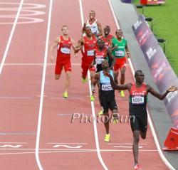 David gewinnt das olympische 800-m-Finale in London mit Weltrekordzeit. ©www.PhotoRun.net