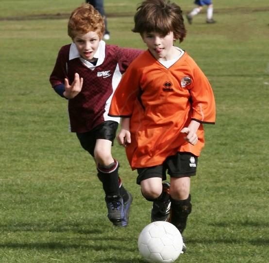 Fußball – die große Spielwiese der Kindheit