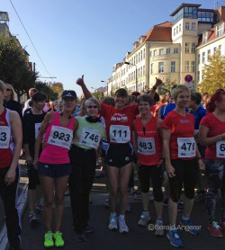 At the starting line of the 78th 'Strausseelauf' race. © Gerald Angerer