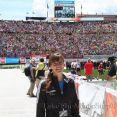 Wir hatten ein fantastisches BolderBOULDER Wochenende. Tausende verfolgten das bewegende Memorial Day-Tribut im Folsom Stadion der University of Colorado, 26-05-2014. © Take The Magic Step